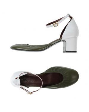 Туфли AVRIL GAU. Цвет: зеленый-милитари