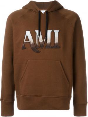 Толстовка с капюшоном и логотипом Ami Alexandre Mattiussi. Цвет: коричневый