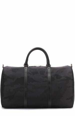 Текстильная дорожная сумка  Garavani с плечевым ремнем Valentino. Цвет: черный