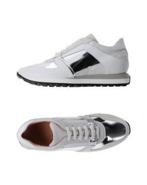Низкие кеды и кроссовки ANDREA CATINI. Цвет: белый