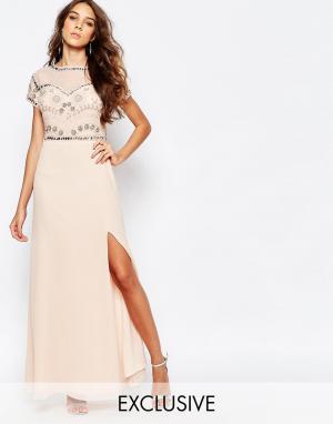 Frock and Frill Платье макси с глубоким разрезом и отделкой. Цвет: розовый