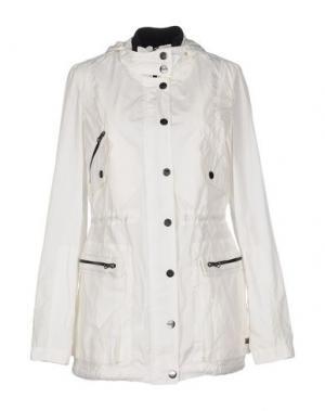 Легкое пальто 313 TRE UNO. Цвет: белый