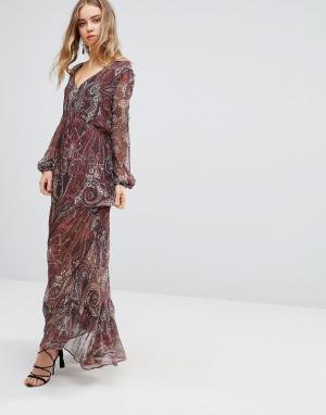 The Jetset Diaries Платье макси с принтом пейсли Labyrinth. Цвет: красный