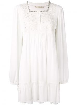 Платье с цветочным украшением Amen. Цвет: белый