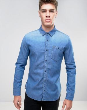 Hilfiger Denim Эластичная джинсовая рубашка классического кроя цвета индиго. Цвет: синий