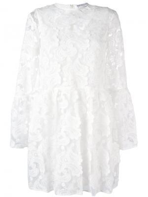 Кружевное платье Perseverance London. Цвет: белый