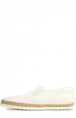 Слипоны Tod's. Цвет: белый