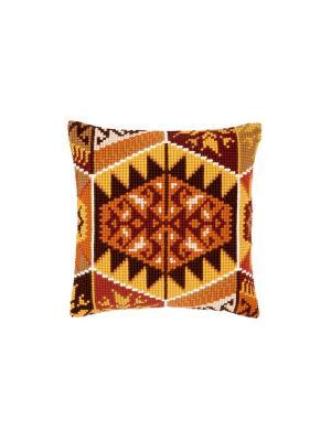 Набор для вышивания лицевой стороны наволочки Геометрические мотивы II 40*40см Vervaco. Цвет: коричневый, желтый, оранжевый