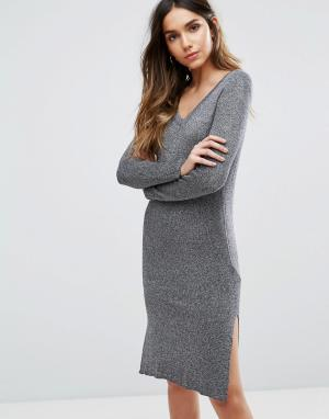 Vero Moda Платье миди с V-образным вырезом и длинными рукавами. Цвет: серый