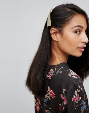 Orelia Заколка для волос треугольной формы. Цвет: золотой