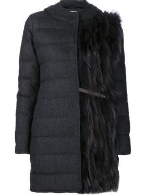 Стеганое пальто с капюшоном Fabiana Filippi. Цвет: серый