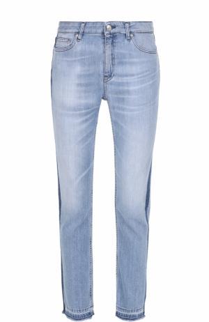 Укороченные джинсы с лампасами и бахромой Iro. Цвет: голубой