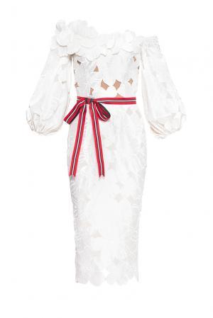 Платье из шелка с поясом 168332 Alina German. Цвет: белый