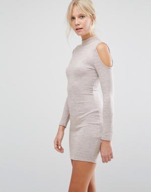 Parisian Облегающее платье с открытыми плечами. Цвет: бежевый