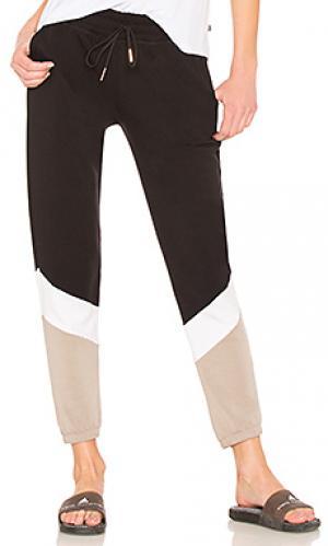 Спортивные брюки living easy chevron Beyond Yoga. Цвет: синий