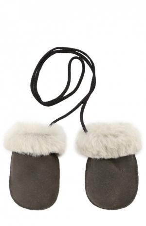 Кожаные варежки с отделкой мехом Petit Nord. Цвет: серый