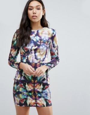 Talulah Облегающее платье с длинными рукавами и принтом Just For Tonig. Цвет: мульти