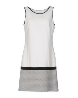 Короткое платье PUROTATTO. Цвет: слоновая кость