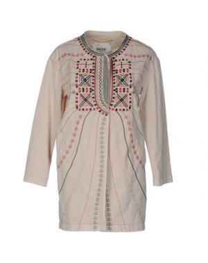 Легкое пальто BAZAR DELUXE. Цвет: бежевый