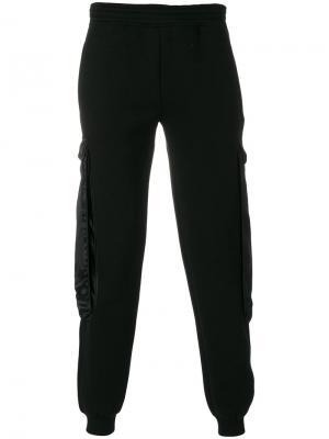 Спортивные брюки с накладными карманами Cottweiler. Цвет: чёрный