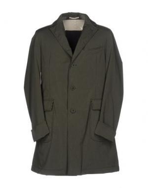 Легкое пальто KIRED. Цвет: зеленый