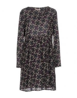Короткое платье KARTIKA. Цвет: фиолетовый
