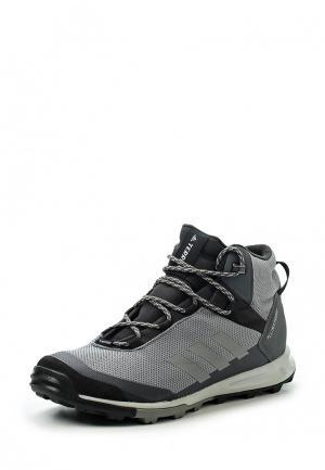 Ботинки трекинговые adidas. Цвет: серый