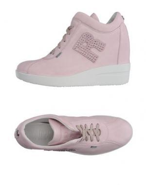 Низкие кеды и кроссовки RUCO LINE. Цвет: розовый