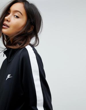 Nike Черная спортивная куртка Classic. Цвет: черный
