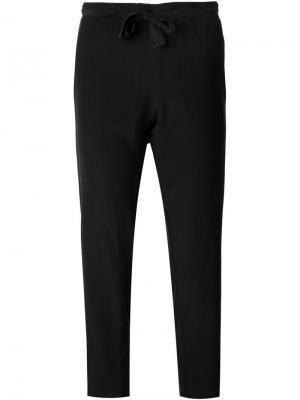 Укороченные брюки Urban Zen. Цвет: чёрный