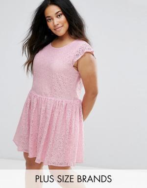 Diya Короткое приталенное платье из кружева. Цвет: розовый