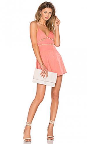 Платье pink champagne NBD. Цвет: розовый
