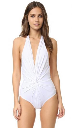 Цельный купальник с глубоким вырезом на спине Karla Colletto. Цвет: белый