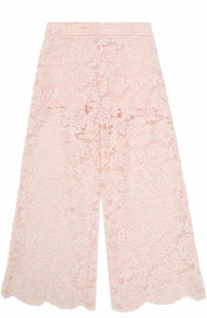 Кружевные брюки свободного кроя Monnalisa. Цвет: розовый