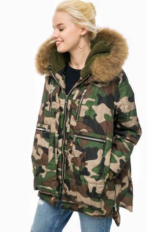 Куртка камуфляжной расцветки с карманами CANADIAN. Цвет: коричневый
