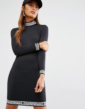 SHADE London Облегающее платье с высокой горловиной. Цвет: черный