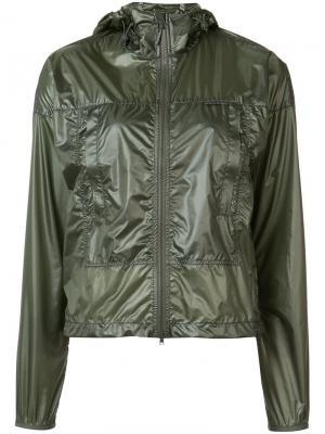 Куртка-ветровка с капюшоном Canada Goose. Цвет: зелёный