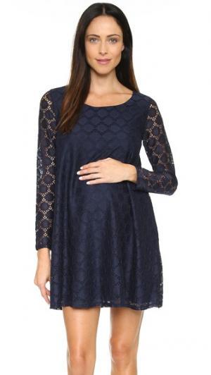 Платье для беременных из кружева в горошек Ingrid & Isabel. Цвет: настоящий темно-синий