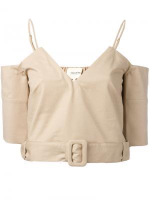 Укороченная блузка с открытыми плечами Nanushka. Цвет: телесный