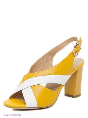 Босоножки Calipso. Цвет: желтый, белый