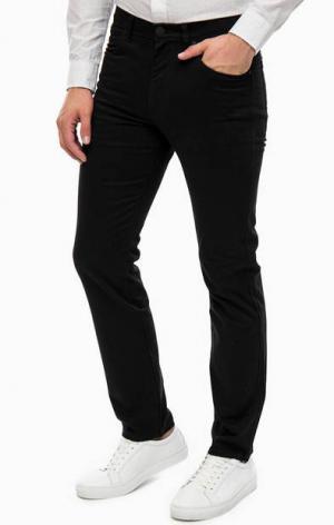Черные хлопковые брюки Wrangler. Цвет: черный