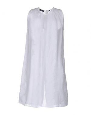 Короткое платье BROOKSFIELD. Цвет: белый