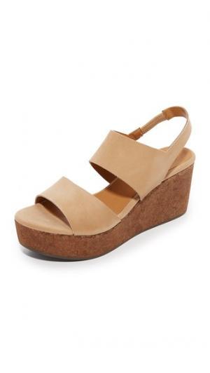 Обувь на танкетке Glassy Coclico Shoes. Цвет: sandalo/ponti