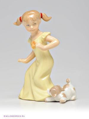 Фигурка Девочка Pavone. Цвет: кремовый, бежевый, светло-желтый