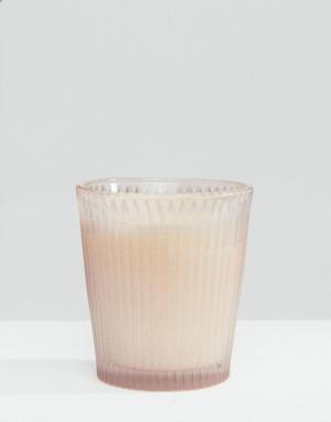 Capri Blue Свеча в стакане Jean. Цвет: бесцветный