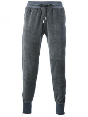 Спортивные брюки Vulcan Blood Brother. Цвет: серый