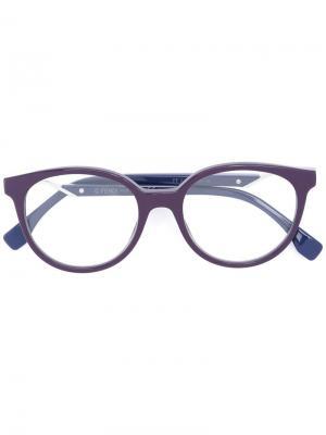 Очки с круглой оправой Fendi Eyewear. Цвет: розовый и фиолетовый