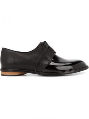 Туфли на шнуровке с панельным дизайном Valas. Цвет: чёрный