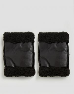 ASOS Черные кожаные манжеты с подкладкой из искусственного меха. Цвет: черный