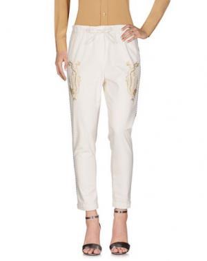 Повседневные брюки MYTHS. Цвет: белый